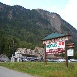 Photo of Peaks Lodge