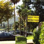 parking + tuin villa ruscello