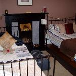 B&B Room@25 - family Room
