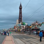 Blackpool only 10 minutes away & The Tower.