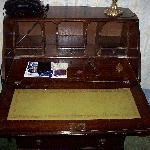 antique? writing desk