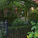 Foto de A Yellow Rose Bed and Breakfast