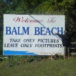 Balm Beach Resort resmi