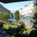  Blick vom Hotel auf Altaussee und Trisselwand