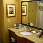 Hampton Inn & Suites Fredericksburg South resmi
