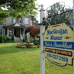 Foto van MacGougan Manor Bed & Breakfast