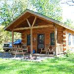 Finger Lakes Mill Creek Cabins resmi