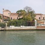 Villa Lina seen from the Canale Serenella