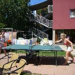 garden has table tennis