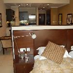 Photo of Golden Tulip Suites Dubai