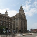 ‪Royal Liver Building‬