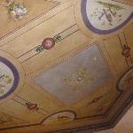  Plafond de la chambre
