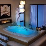 Our Little Rock Hotel's Jacuzzi Suites