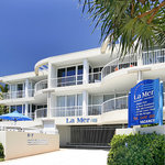 La Mer Beachfront Apartments