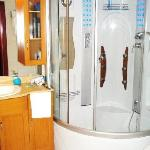  bathroom with `singing` shower