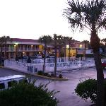 Foto van Howard Johnson Express Inn & Suites - South Tampa / Airport