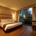 Adelphi Suites Bangkok