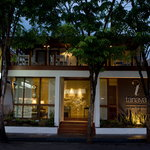 Bamboo Bed & Breakfast Hotel