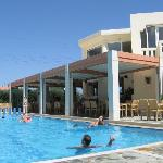 Photo de Hotel Kedrissos