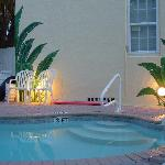 ภาพถ่ายของ Island Paradise Cottages of Madeira Beach