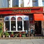 The Norwood Hull Road의 사진