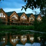 Grizzly Jack&#39;s Grand Bear Resort