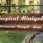 Tropical Minigolf
