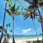 Easy 2 minute walk to 14km of gorgeous sandy beaches opposite Dunk Island