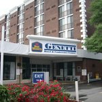 Best Western Genetti Hotel Main Entrance
