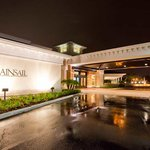 Mainsail Suites Hotel And Conference Center