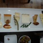 Casellula Cheese and Wine Cafe