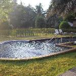 Early morning picture of the pool