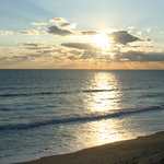 las olas: sunrise over satellite beach