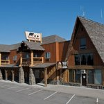 Three Bear Lodge and Restaurant