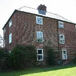 Side view of Moseley Farm B&B