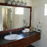 Upgrade Vanity in Rooms