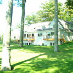  Lakeshore B &amp; B