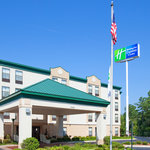 ‪Holiday Inn Express Fayetteville - Ft. Bragg‬