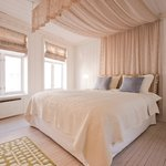One of the two double bedrooms - for a romantic stay in Bergen!