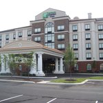 ‪Holiday Inn Express Hotel & Suites Nashville - Opryland‬