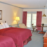 Quality Inn and Suites Lantern Lodge