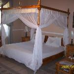 The Honeymoon suite at Saxe-Coburg Lodge