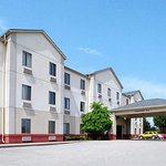 Photo of Comfort Suites Indianapolis / Fishers