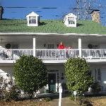 Foto de Village Inn Bed and Breakfast