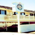 Pismo Beach, CA Hotel---7 charming rooms with kitchenettes!