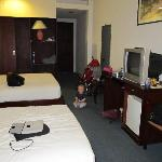 twin room with 2 beds