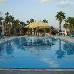 Photo de Sandy Beach Hotel & Resort