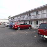 Sportsman Manor Motel resmi