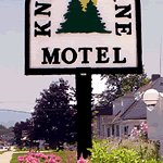 Photo de Knotty Pine Motel