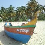 Photo de The Beach at Pollethai